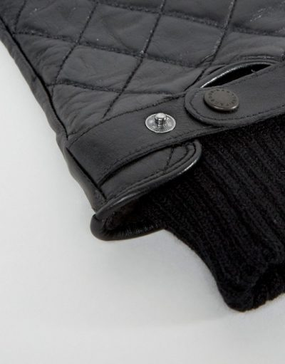 Qulited Leather Gloves In Black