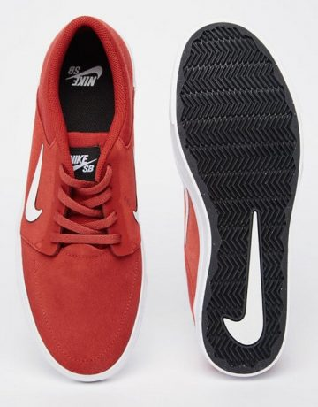 Nike SB Portmore Trainers In Red